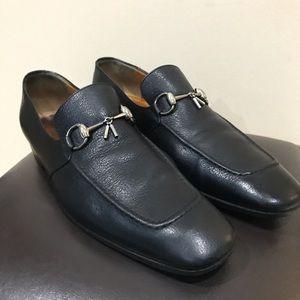 Gucci silver toggle black loafers